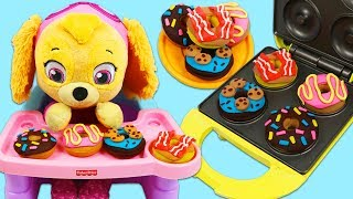 Feeding Paw Patrol Baby Skye DIY Play Doh Donut Desserts!