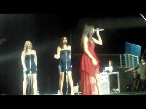 Concierto Selena Gomez En Chile - Naturally (HD)
