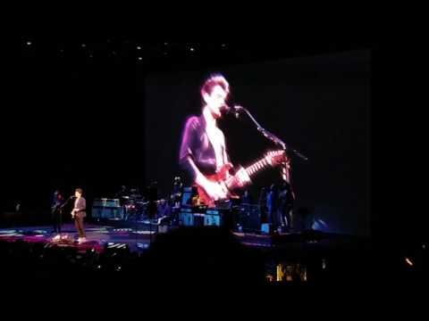 John Mayer - Rosie (live debut) Pt 01 - 04-14-17 Kansas City