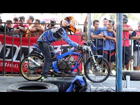 Indonesian Drag Bike CARUBAN 2015 Full Race