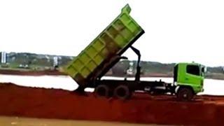 Dump Trucks Hino FM260Ti Unloading Dirt
