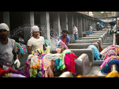 Треш / Индия: САМАЯ БОЛЬШАЯ ПРАЧЕЧНАЯ В МИРЕ - Дхоби Гхат! Сколько зарабатывают люди?