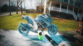 How To FOAM CANNON a Motorcycle (Idiots Edition)