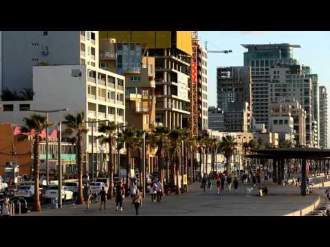 Sky Sign's digital crane screens on the Tel Aviv promenade