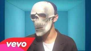 Spooky Scary Skeletons -  Official Music Video
