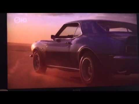 Jodie Kidd Classic Car Sow MAZEMIRROR