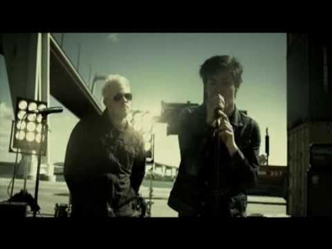 "Lost - ""Sulla Mia Pelle"" feat. Joel Madden  - Video Ufficiale - High Quality"