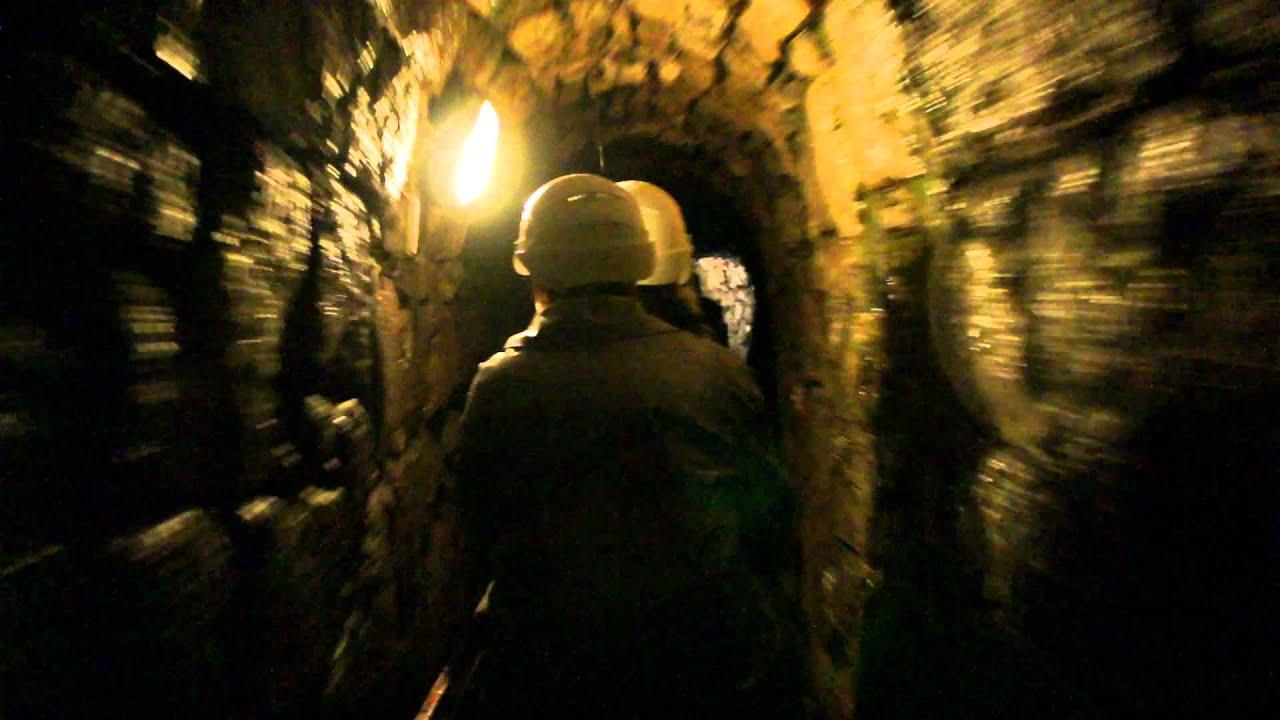 Einfahrt Ins Silberbergwerk In Schwaz Youtube