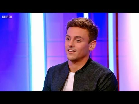 [HD] The One Show - Tom Daley - Interview (16.11.2015)