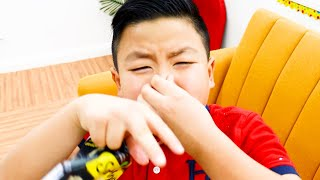 Alex Pretend Play Wash Your Hands Dirty Monster  Funny Video for Kids