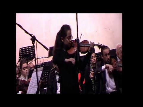 Heidi performing Violin Solo of Max Bruch Concerto number 1