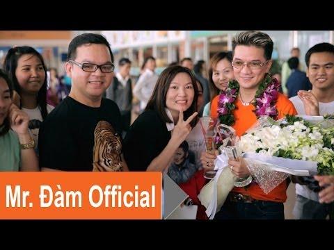 Fan đón Chiếc Vòng Cầu Hôn - Sân Bay Tân Sơn Nhất