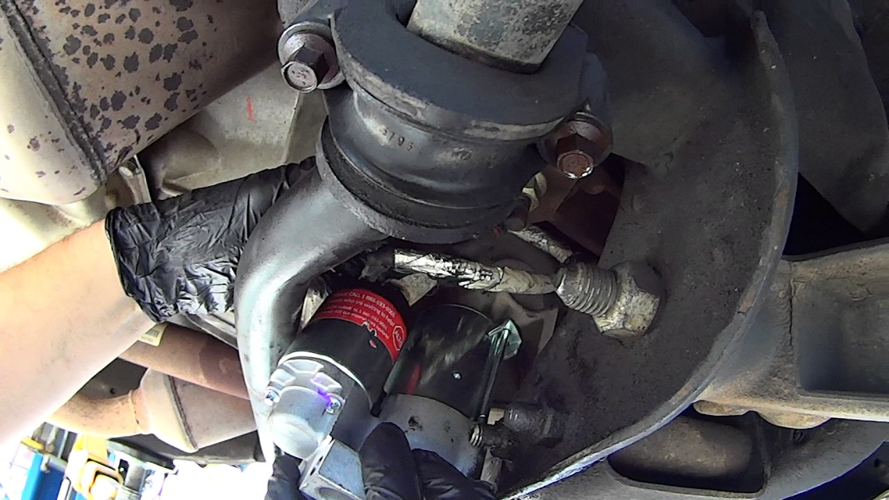 How To Replace Starter on ChevyGMCCadillac Trucks 2007  2014 GMT900  YouTube