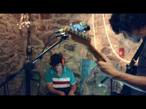 Broken T.V.  Music | Dánala: Live Session – Repost por RAFO
