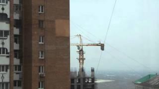 26.11.2015г. Владивосток. Штормовой ветер и кран!