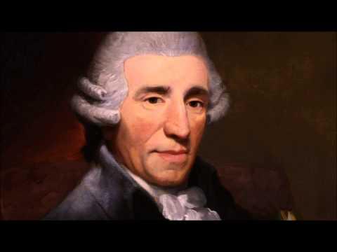 Menuett/Trio - Haydn Piano Sonata Hob XVI: 27 G Major - Alvin Devonas