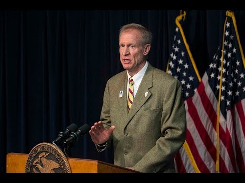 Gov. Bruce Rauner dodges questions on signing gun control bill | Chicago.SunTimes.com