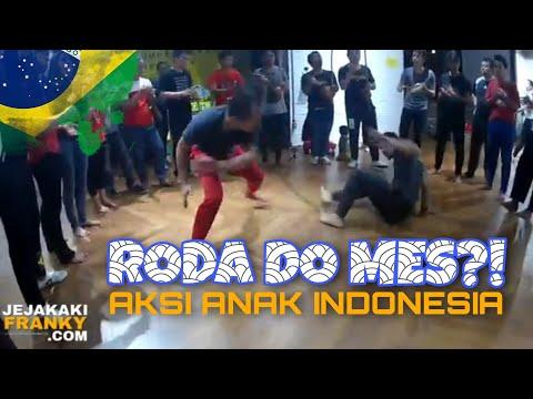 ini-roda-do-mes-#1!!-battle-capoeira-asli-anak-indonesia!