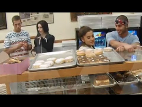 Ariana Grande LICKS A DONUT and HATES AMERICA | What's Trending Now