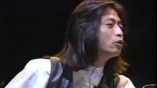 甲斐さんがなぜ逆向きにギターを弾くのか!? 上岡さんとのおもしろトーク...
