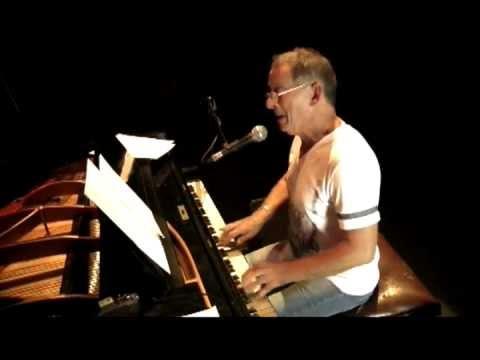 Hugo Fattoruso en concierto / Goldenwings - Hurry! (Sala Zitarrosa)