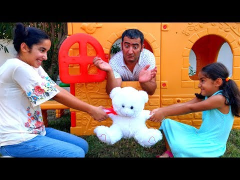 Esma and Asya pretend play with Toy Market Shopping fun kid video