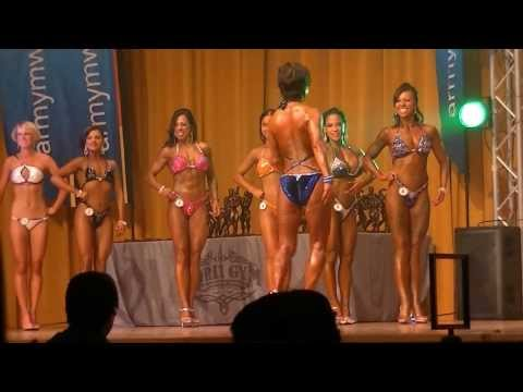Female Figure Competition (2013 Muscle Beach Classic)