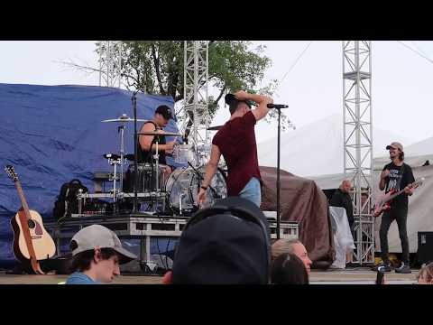 "Dylan Scott Performing ""My Girl"" at Countryfest 2017!"