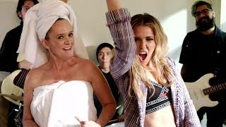 Web Extra: Let Sam Be Your Mom-Dance-spiration | Full Frontal on TBS