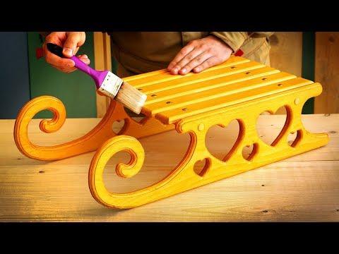 Нанесение морилки и лака на деревянные сани, Stain And Varnish On A Wooden Sledges