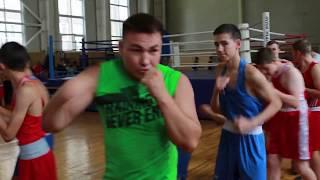 4 августа 2019 Уфа Николай Валуев дал ребятам мастер класс по боксу