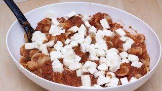 Orecchiette alle melanzane e mozzarella - primo piatto vegetariano