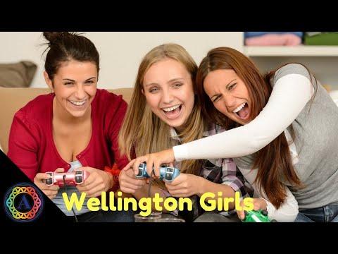 Wellington Florida Girls! | Renan Estime (Florida Guide)