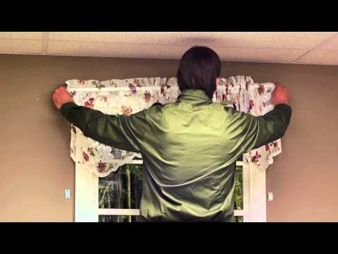 How to Choose Curtains for Small Windows : Curtains & Window Decor
