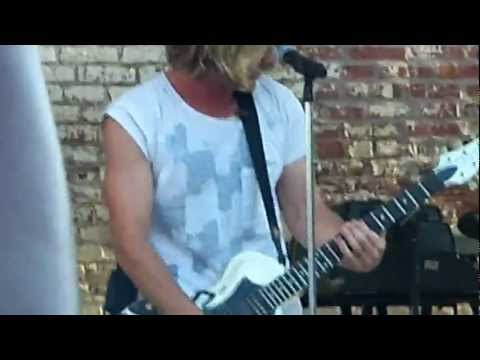 Switchfoot-Dark Horses (Live) @ Radio 104.5 Block Party
