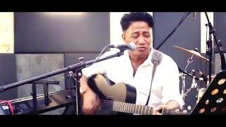 Video Andre Hehanussa - Karena Ku Tahu Engkau Begitu (Live Acoustic) download MP3, 3GP, MP4, WEBM, AVI, FLV Januari 2018