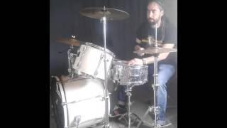 """Reggae Drums playing """"Crazy Baldhead"""" (Bob Marley & The Wailers)"""