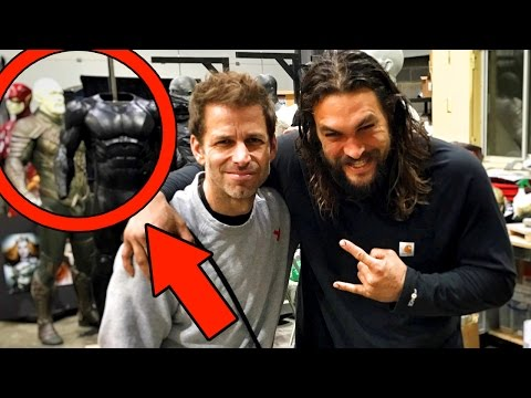 First Look The Flash Suit! JUSTICE LEAGUE MOVIE (2017)