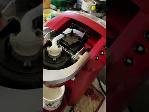KEURIG k.compact  , This is a tutorial video on how to fix KEURIG in seconds took me 10 MINUTES