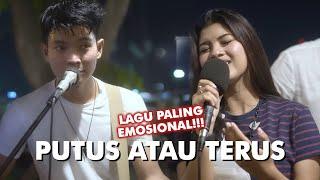Download PUTUS ATAU TERUS - JUDIK, COVER BY NABILA MAHARANI FT. TRI SUAKA  (Live Pendopo Lawas Jogja)