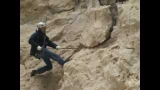 промышленный альпинизм в горах(чистка скал на чегемских водопадах., 2013-02-27T09:27:16.000Z)