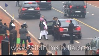 PM Narendra Modi breaks protocol, walks down Rajpath to greet …