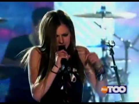 AVRIL LAVIGNE - Unwanted  (Live at Teen Nick 2002) [HQ]