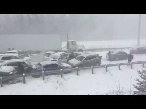 40-car pileup during winter storm in Quebec, Canada