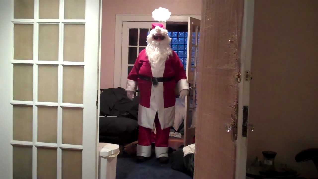How to make a santa claus costume with a bathrobe sweatpants and 2 how to make a santa claus costume with a bathrobe sweatpants and 2 pillows for cheap youtube solutioingenieria Gallery