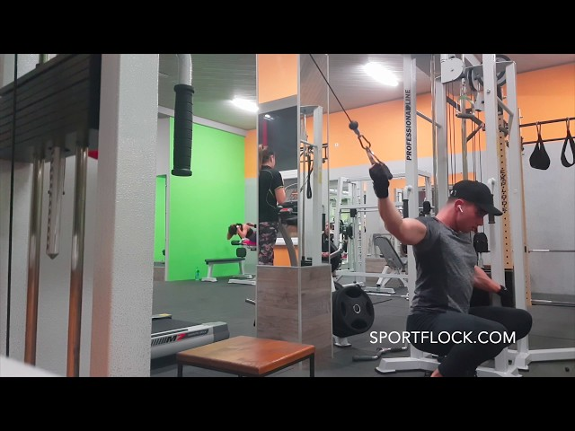 ONE ARM LAT WIDE PULLDOWN