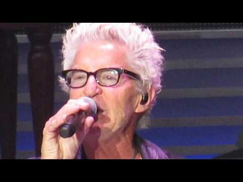 REO SPEEDWAGON /  Can't Fight This Feeling July 2016