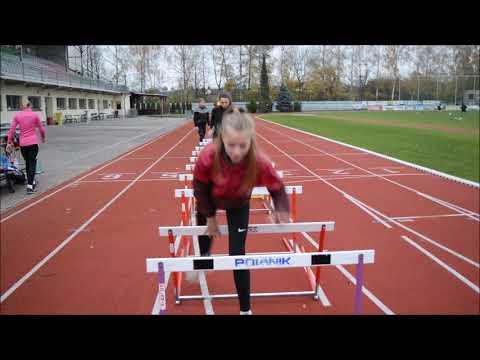 Hurdles training - mrknete na sebe ACVM :-)