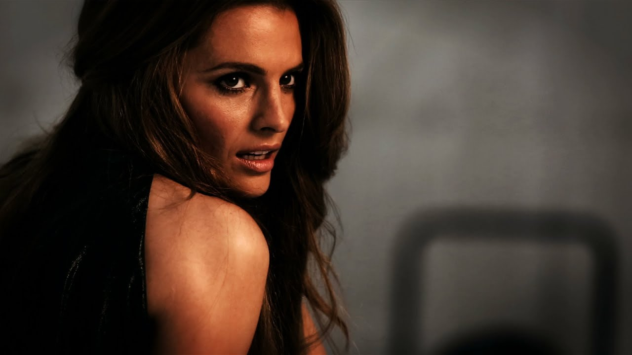 Castle Star Stana Katic Shows Off Her Sexy Side New York Post Youtube