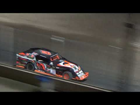 I.M.C.A. Modifieds Special Race at Crystal Motor Speedway, Michigan on 09-15-2018!